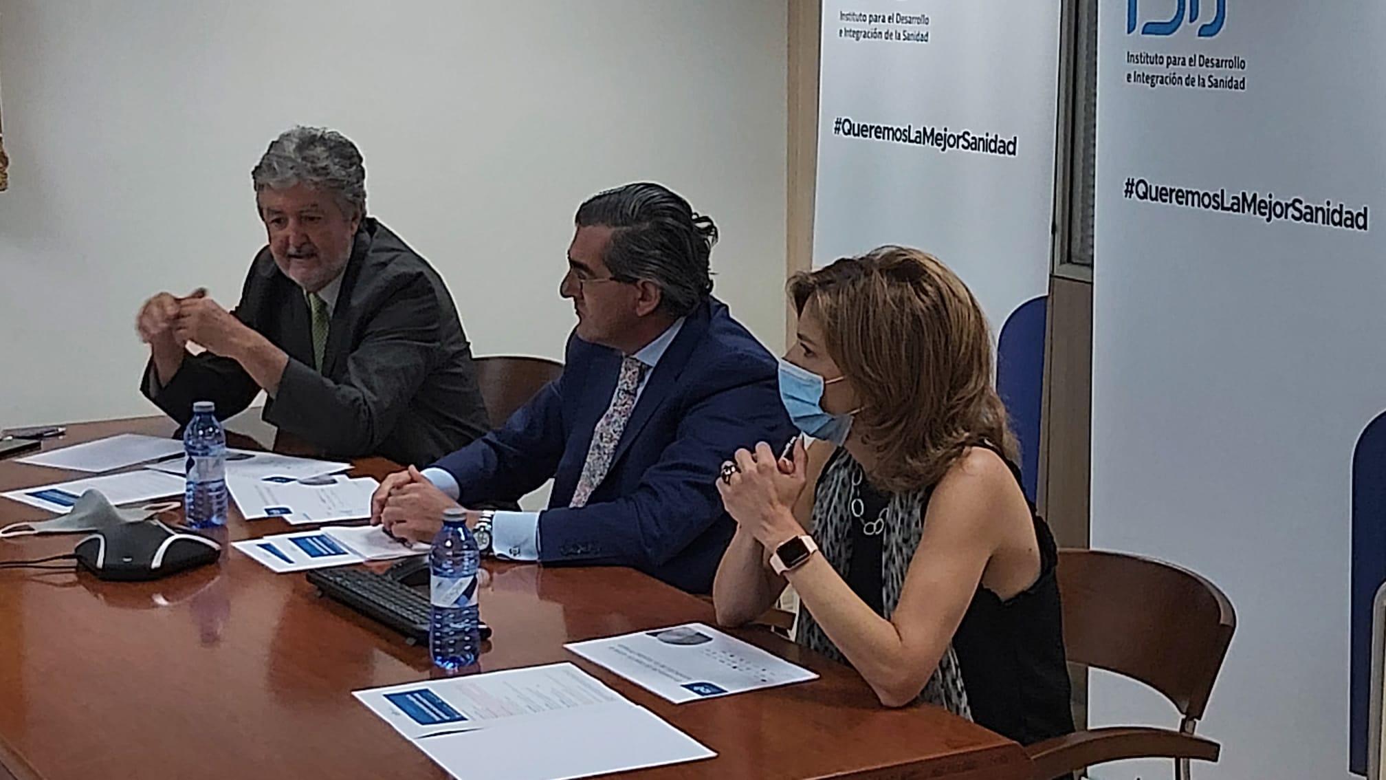 Juan Abarca, Benito Villanueva y Marta Villanueva